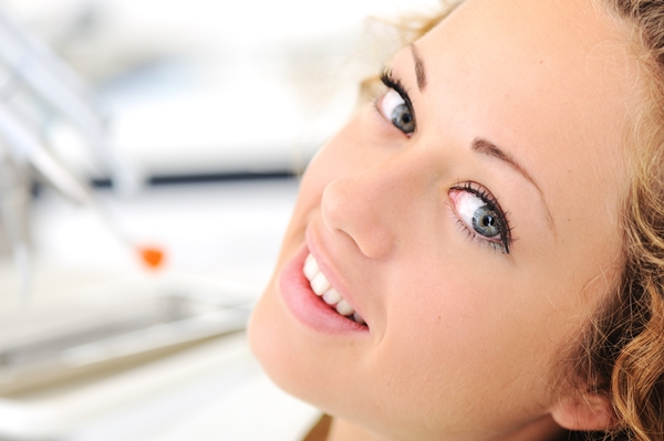 Quelles méthodes naturelles pour soulager le mal de dent